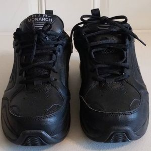 Nike Air Monarch All Black Size 10